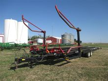 2015 Farm King 2450 Bale Mover