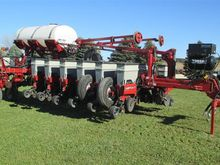 2011 Case IH 1250 - 16 Row Corn