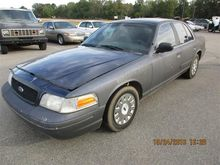 2004 Ford Crown Victoria 4 Door