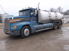 1989 Freightliner FLD 120 T/A T
