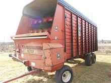 1993 Meyers 618 Forage Box on T