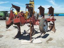 4 Bottom Spinner Plow