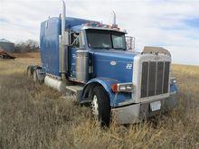 1993 Peterbilt 379 T/A Truck Tr