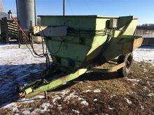 UniBlend 81 Feed Mixer  Wagon
