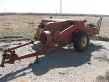 NH 285 Small Square Baler