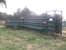 Verns Portable Cattle Tub