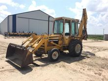 International 260A Loader Backh