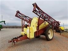 2007 Hardi NP 1100 Pull-Type Sp