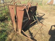 Powder River Calf Table/Chute