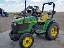 2000 John Deere 4400 Utility Tr