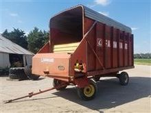 Farmhand F48C Forage Wagon