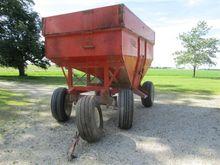 KIllbros 375 Grain Cart