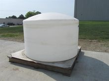 1550 Gallon Poly Tank