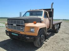 1989 Ford F-700 Straight Truck