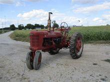 1952 Farmall H 2WD Tractor