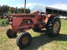 Allis-Chalmers 190 2WD Tractor