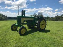 John Deere 530 2WD Tractor