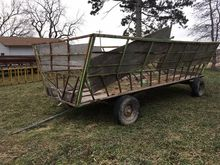 Used Hay Feeder Wago