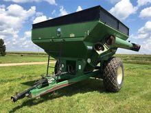 Brent GC674 Grain Cart
