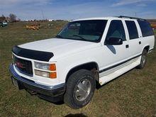 1995 GMC K1500 Suburban 4x4 SUV