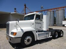 2003 Freightliner FLD120 T/A Tr