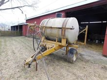 Ag-Chem 402 Pull-Type Sprayer