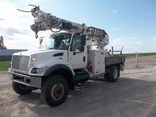 2006 International 7400 Digger