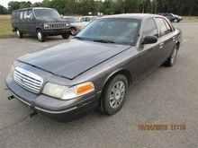 2003 Ford Crown Victoria 4 Door