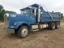1987 Freightliner FLC120 Dump T
