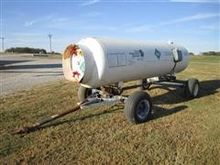 Anhydrous Ammonia Tank With Run