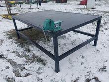 Heavy Duty Steel Work Bench W/V
