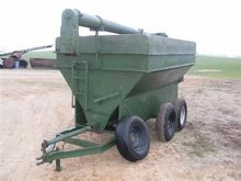 Grain-O-Vator T/A Feeder Wagon