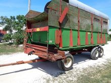 Balzer 18' Silage/Forage Wagon