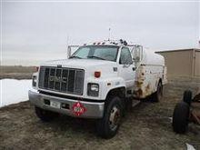 2000 GMC C7500 Fuel Truck