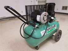 Speedaire 1NNF7 Air Compressor