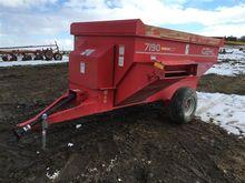 Gehl F7190 Feeder Wagon
