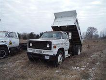 1986 GMC 7000 S/A Dump Truck