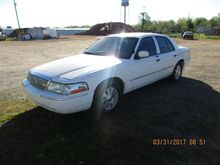 2004 Mercury Grand Marquis Car