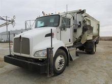 2011 Kenworth Feed Truck With R
