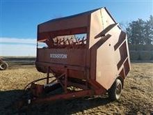 Hesston StakProcessor 10 Bale P