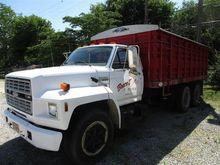 1987 Ford F600 T/A Grain Truck