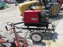 Lincoln Ranger 8 Welder Generat