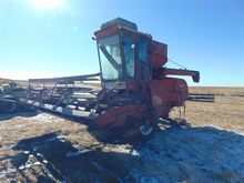 International 403 Combine and H
