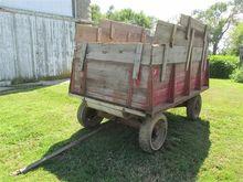 Bus Brown 692 Barge Wagon