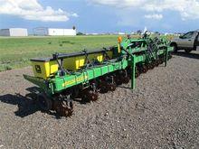 2014 John Deere 1720 Planter