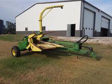 John Deere 3940 Pull Type Forag
