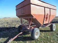 Kilbros 300 Bu Gravity Wagon on