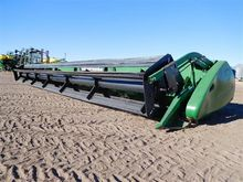 John Deere 630R Small Grains Au