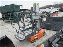 2006 JLG 12SP Man Lift