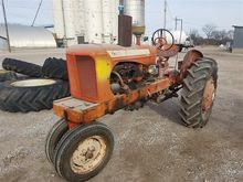Allis Chalmers WD 2WD Tractor